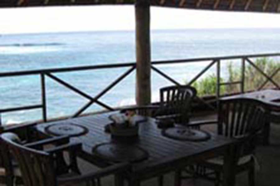 restaurant view, dream beach huts, nusa lembongan