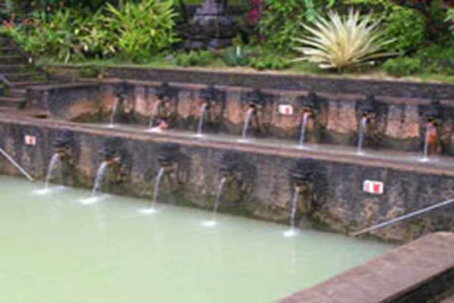 banjar hot spring pool view