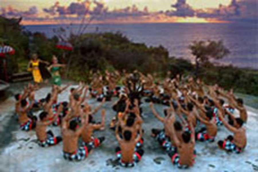 kecak dance, uluwatu temple, balinese dance