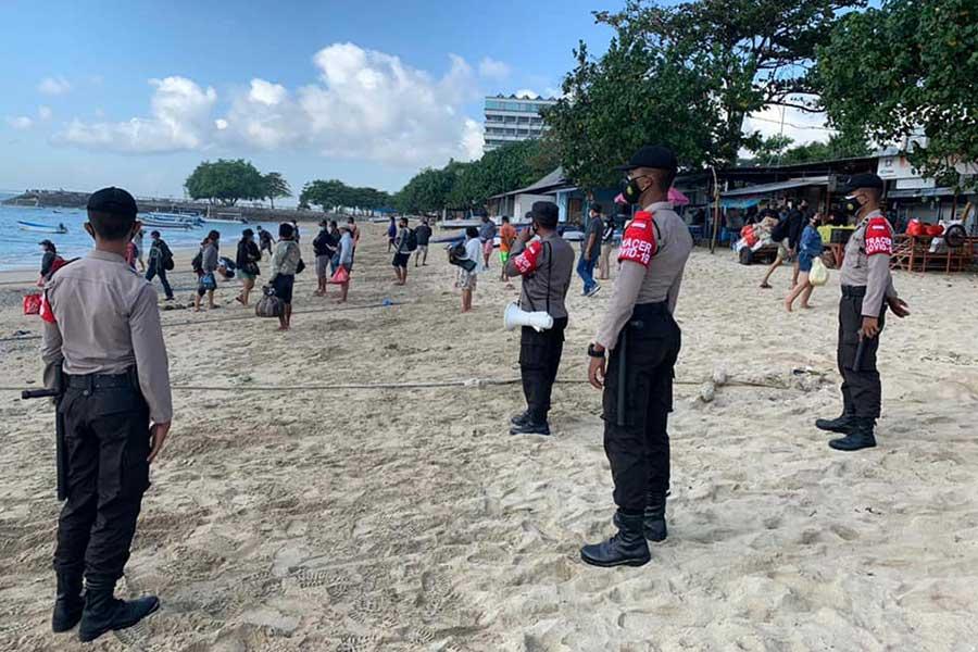 sanur beach, port to lembongan, Sanur police