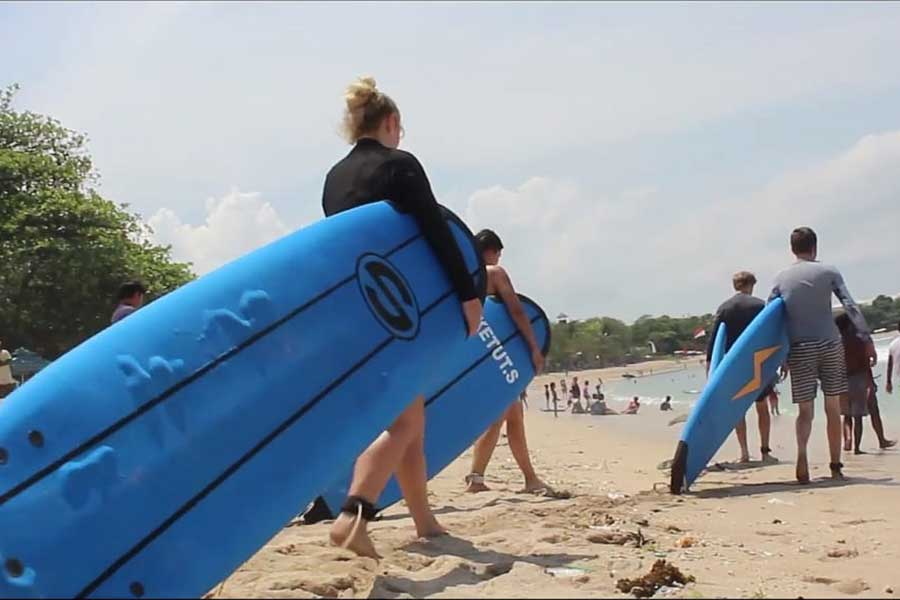 surfing school, kuta beach bali