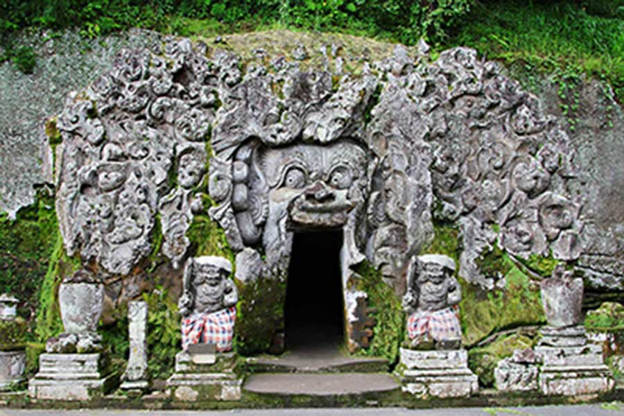 Elephant Cave Bali Temples Located At Gianyar Regency
