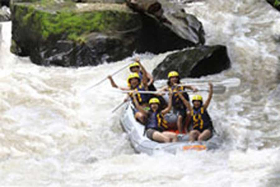 sightseeing bali, adventure rafting, rafting in bali, wite water rafting