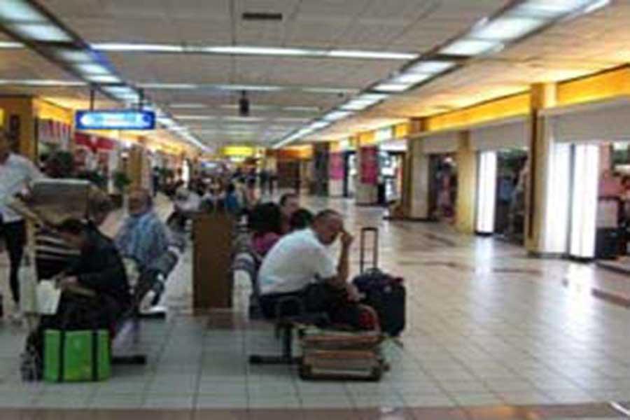 ngurah rai, bali airport, shuttle service, airport transfers