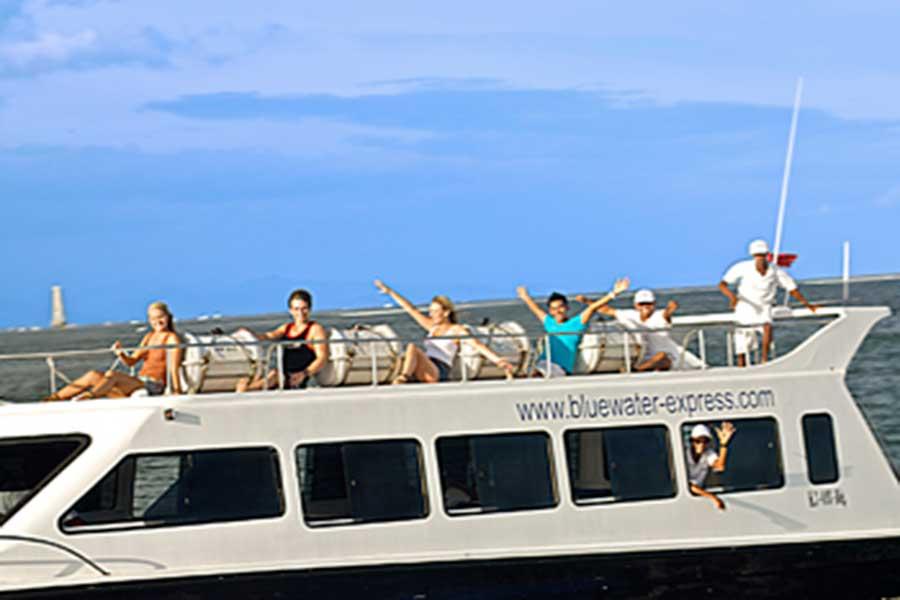 blue water express, sun deck