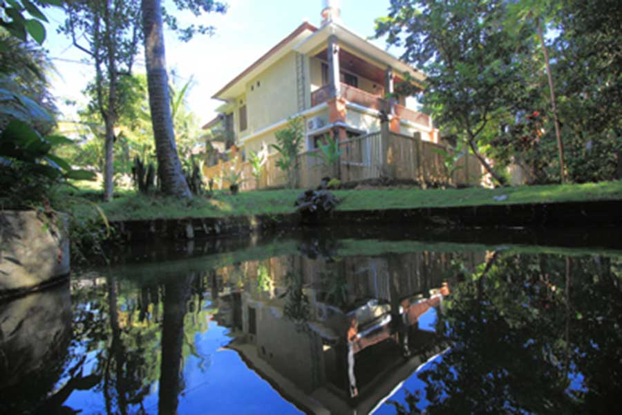 balinese house, stay with balinese family, mambal balinese house