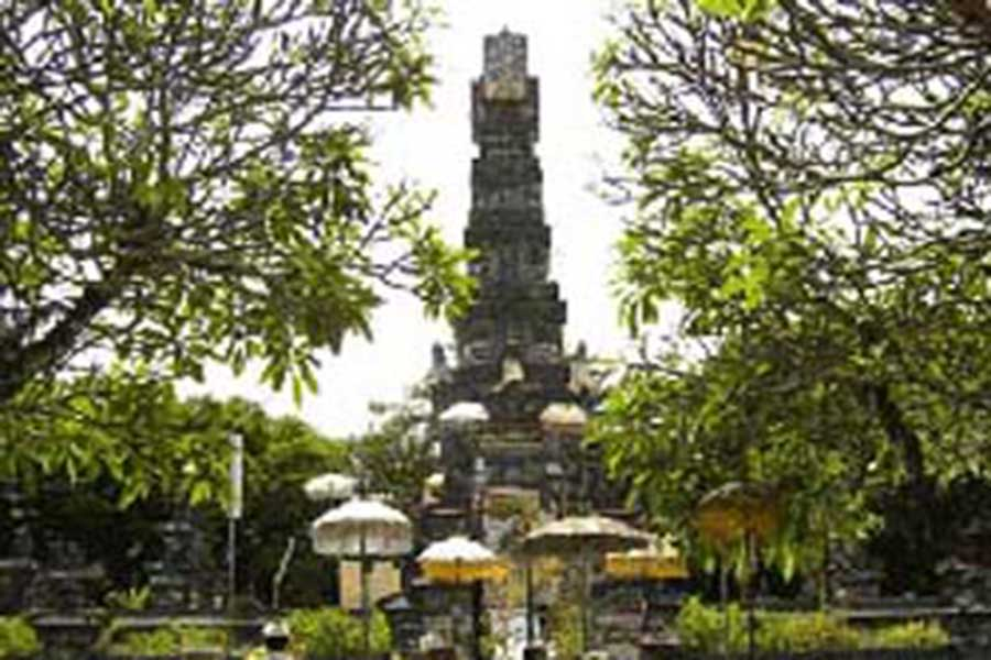 jagat natha temple, sightseeing bali, visiting bali
