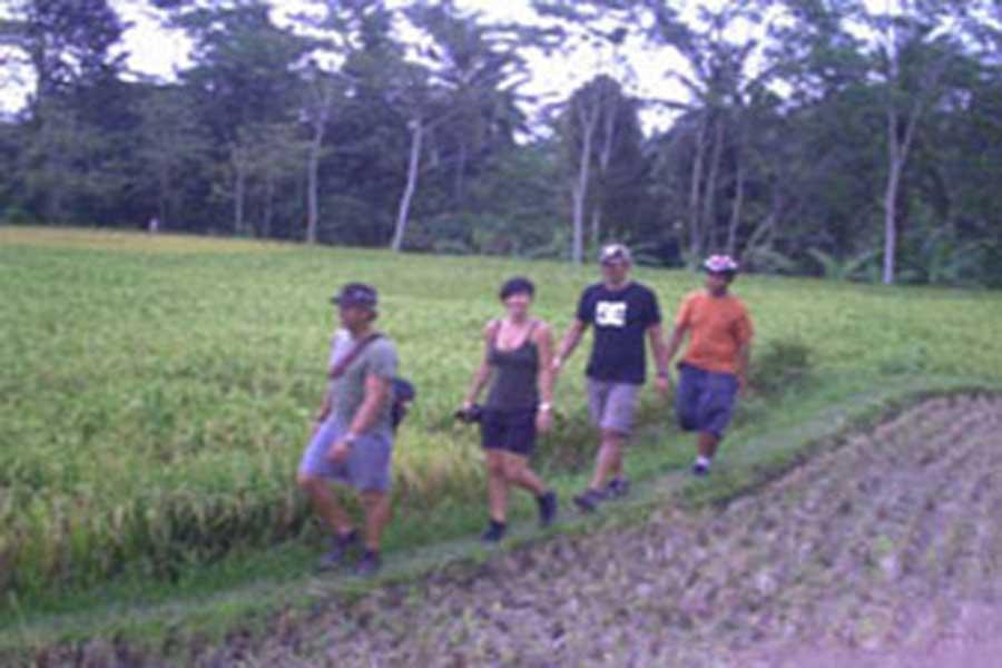 bali local peoples activities, bali on bike tour