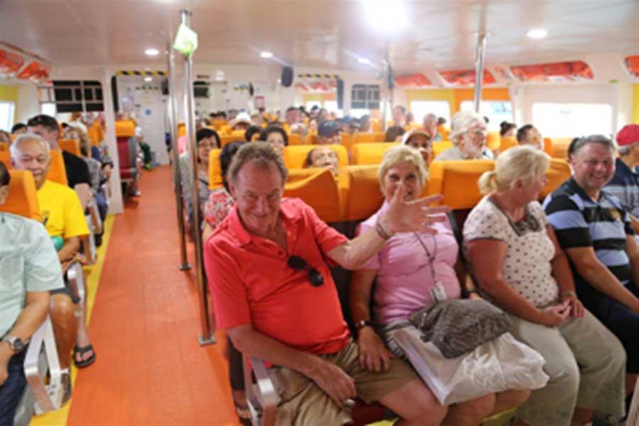 marina srikandi, fast boat, passengers
