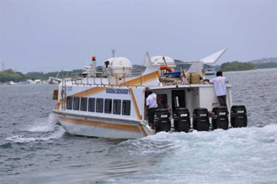 marina srikandi, fast boat view