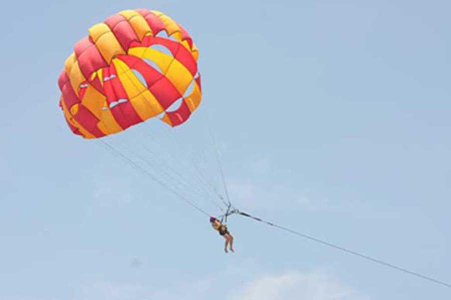 parasailing, tanjung benoa, water sports