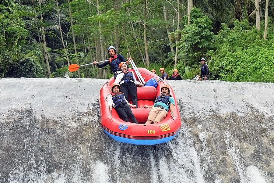 bukit cilli rafting, telaga waja river