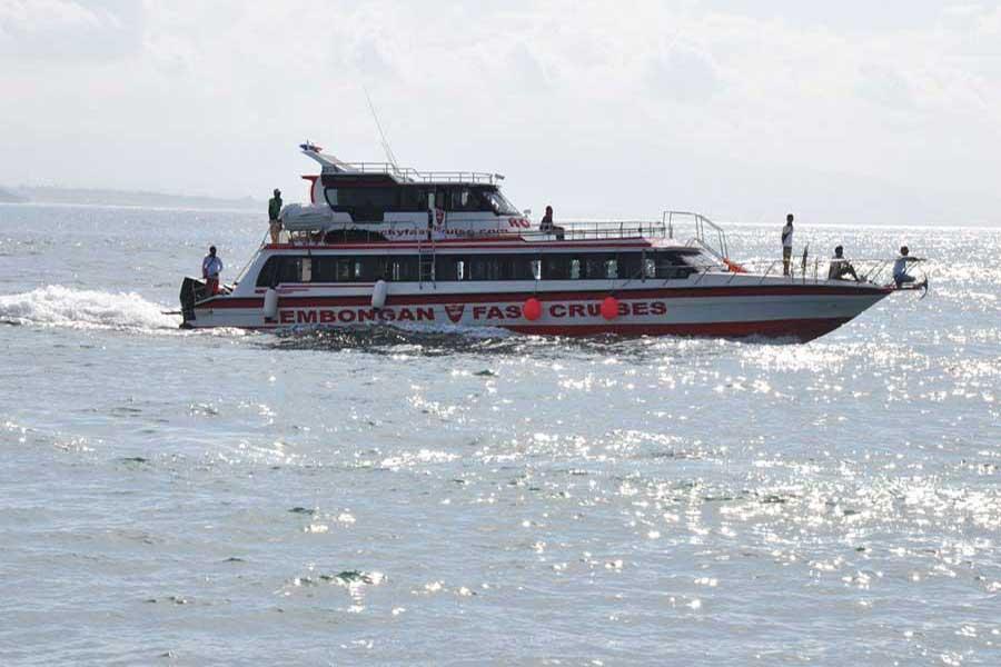 rocky fast boat 1, lembongan transfers
