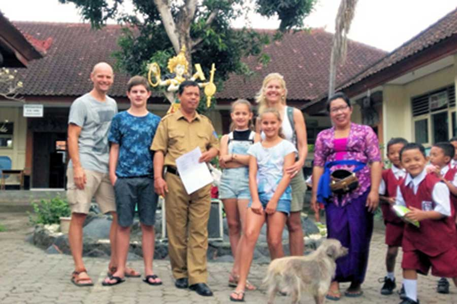visits school, sightseeing, mambal balinese house