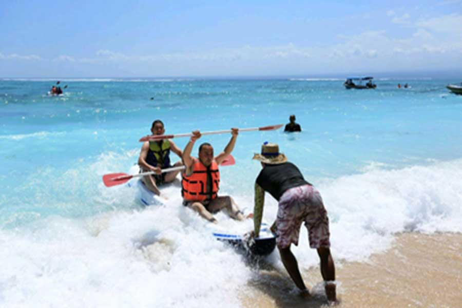 beach kayaking, lembongan, secret island