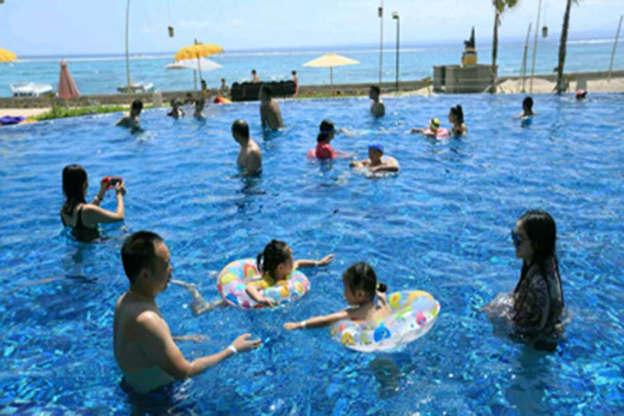 swimming pool, sammada beach, lembongan island