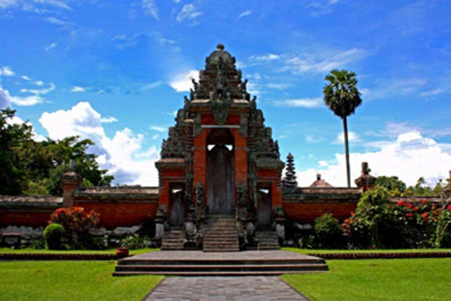 royal temple, taman ayun