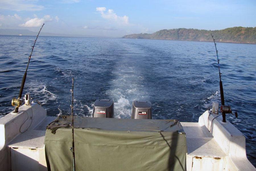 trolling fishing, bali, boats