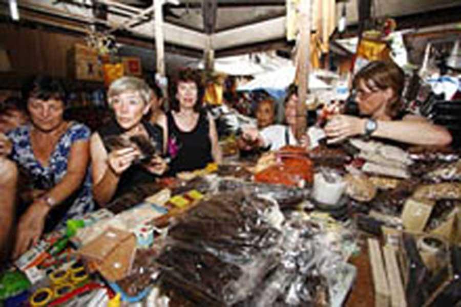 ubud traditional market, sightseeing bali, visiting bali