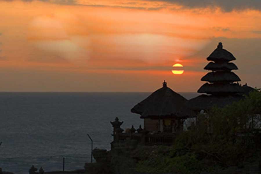 uluwatu temple, sunset