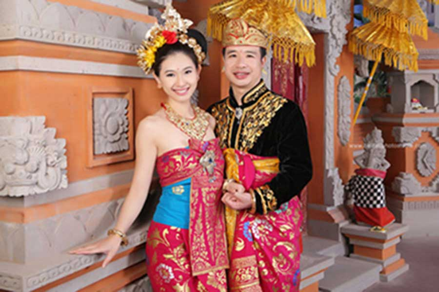 balinese custome, photo session, honeymoon package