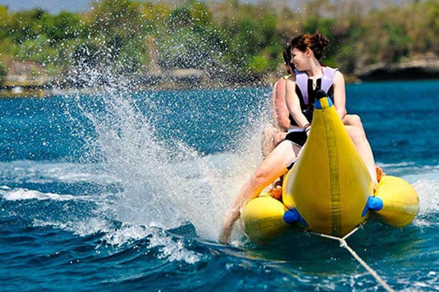 banana boat ride, lembongan water sports, beach club cruise