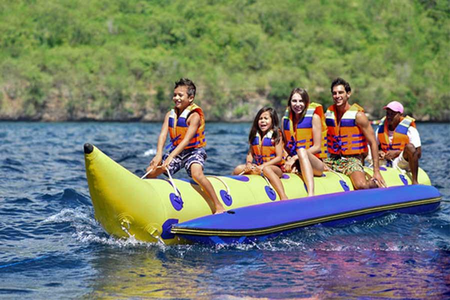 banana boat at nusa penida island