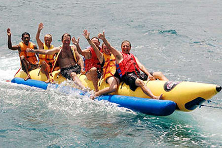 banana boat ride on lembongan island
