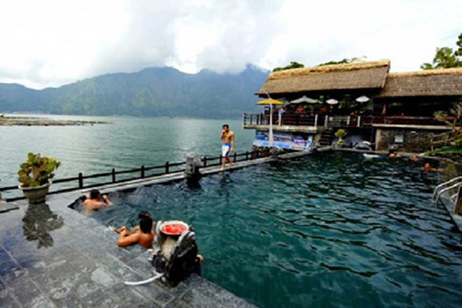 batur natural hot spring, batur tour, honeymoon package bali