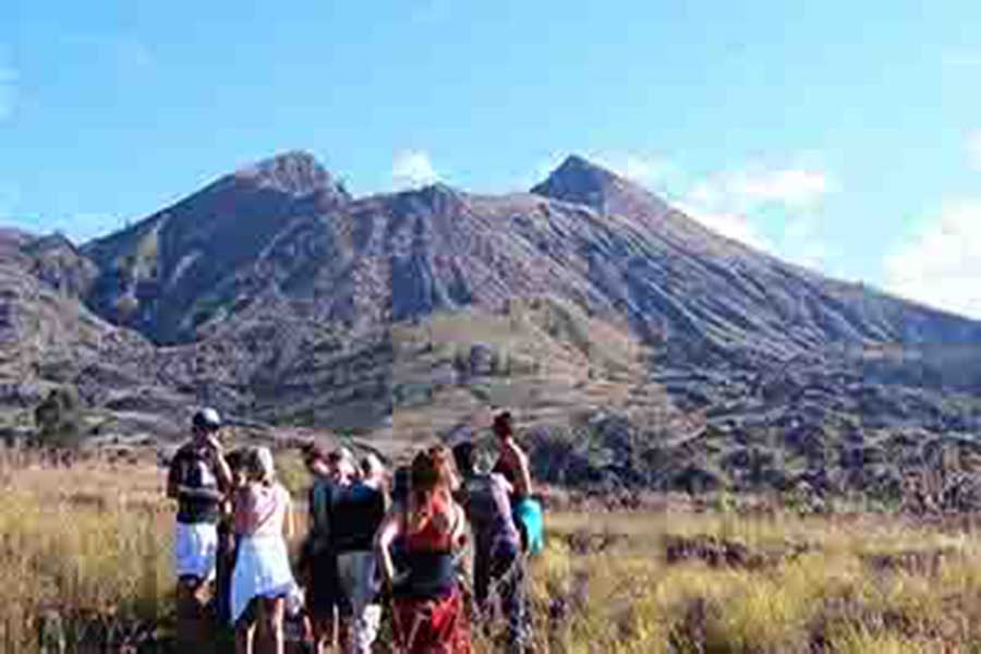 batur volcano, bike tour, bali moon