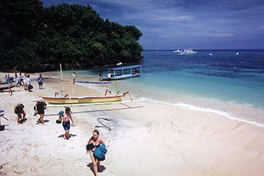 coconut beach view lembongan