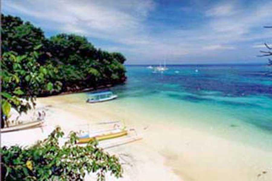 coconut beach lembongan island