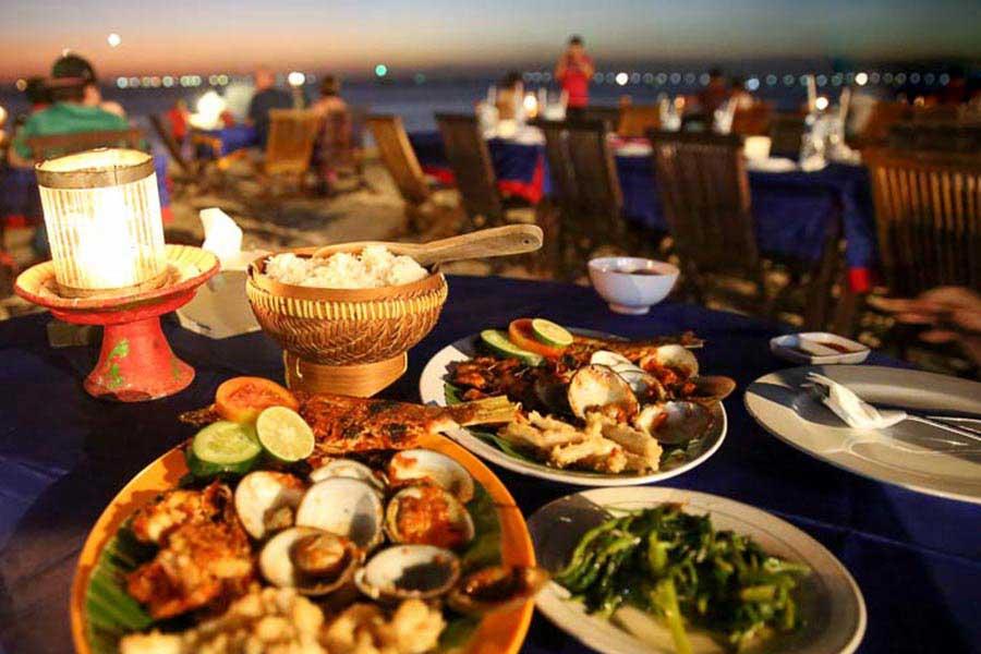 delicious seafood dinner, jimbaran bay