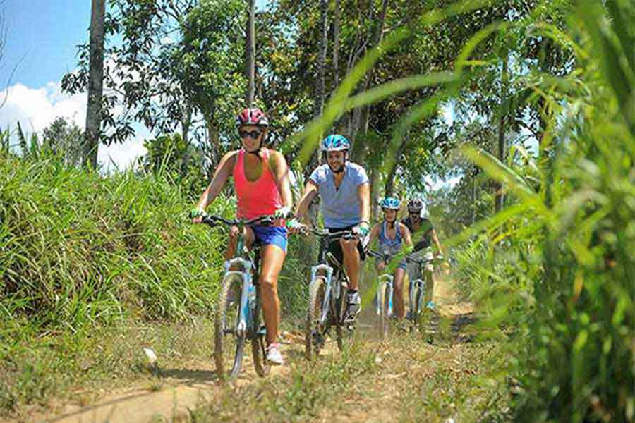 kintamani cycling tour, descend to the villages