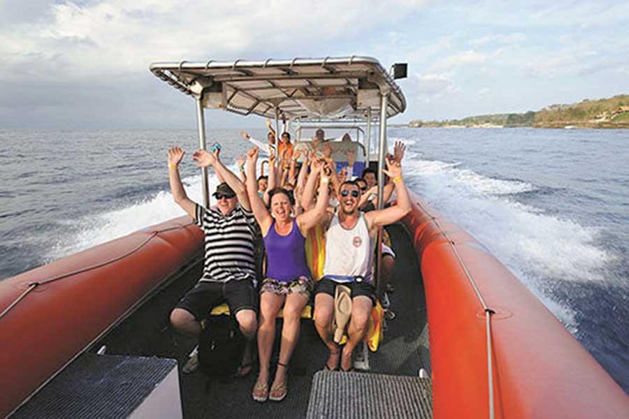 ocean raft bali, sea rafting, ocean rafting cruise