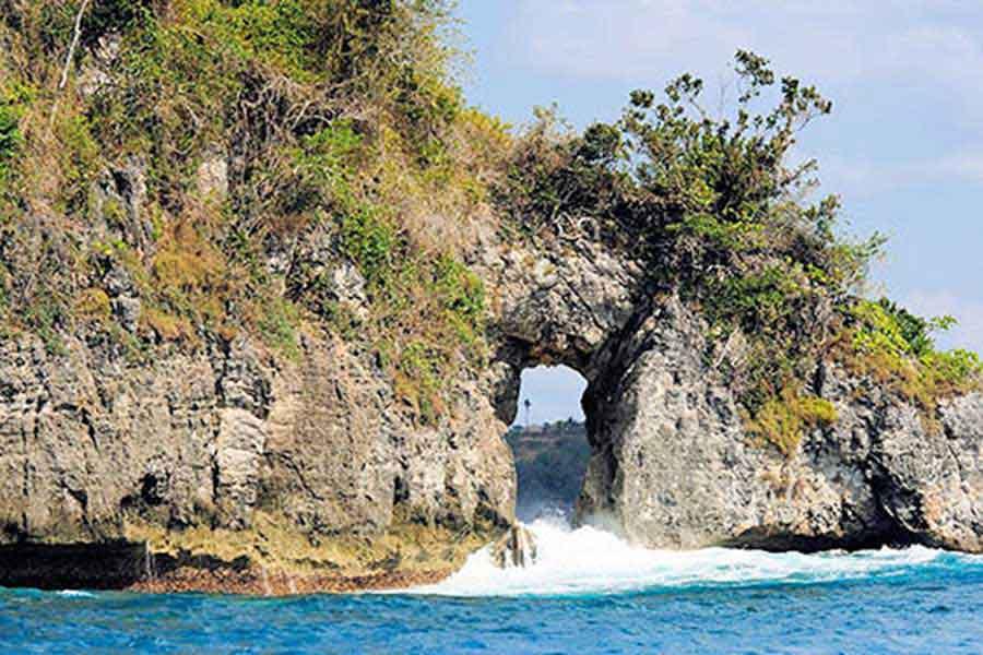 bali manta point gate, hole in the rock, bali sea cruise