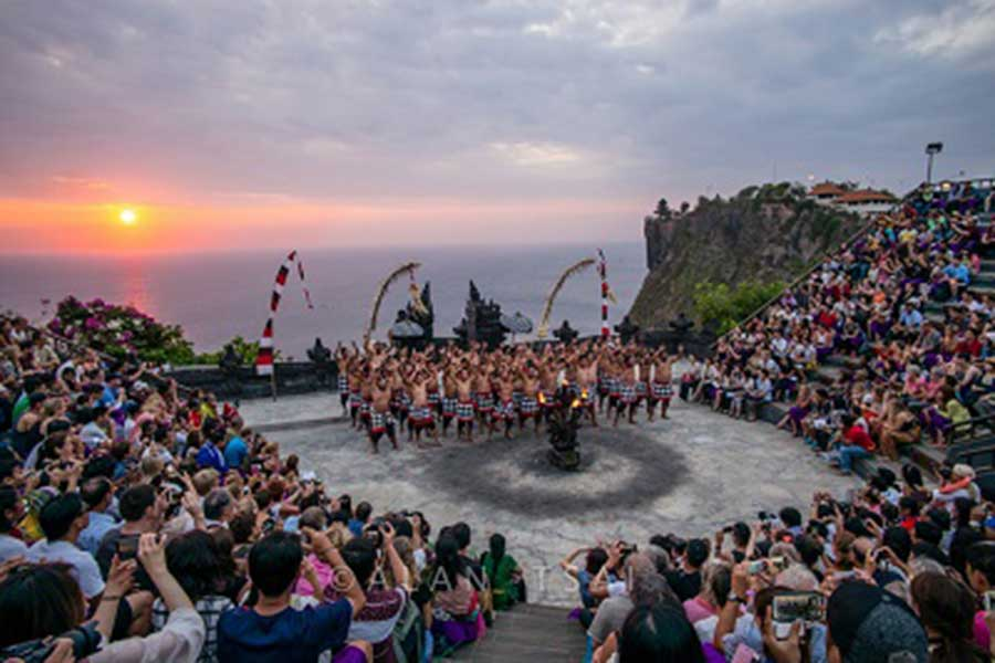 kecak dance, uluwatu tour,bali honeymoon pakage