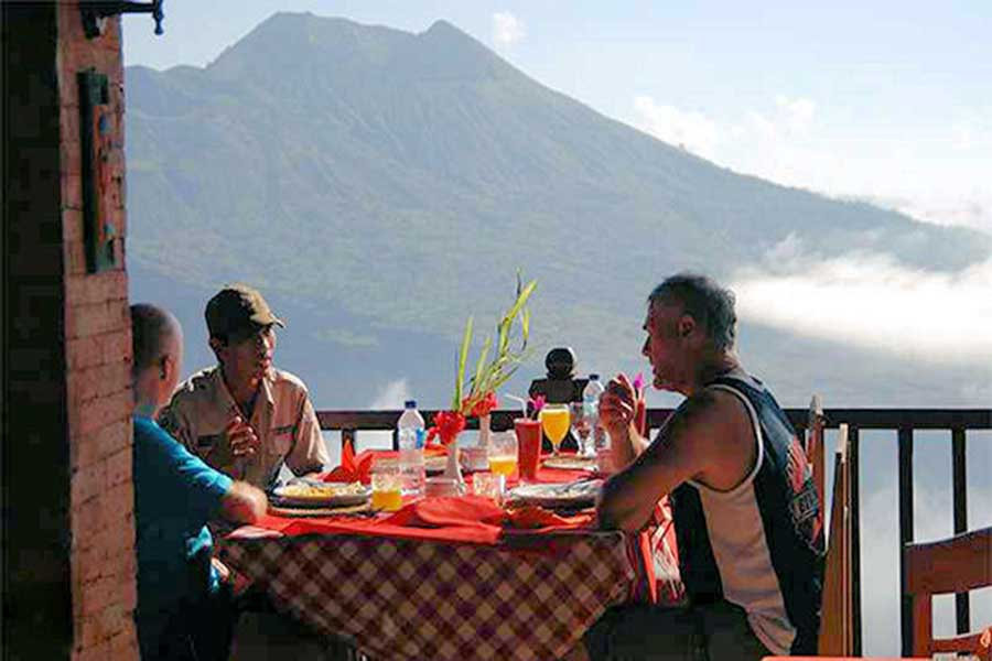 kintamani volcano, lake view, breakfast