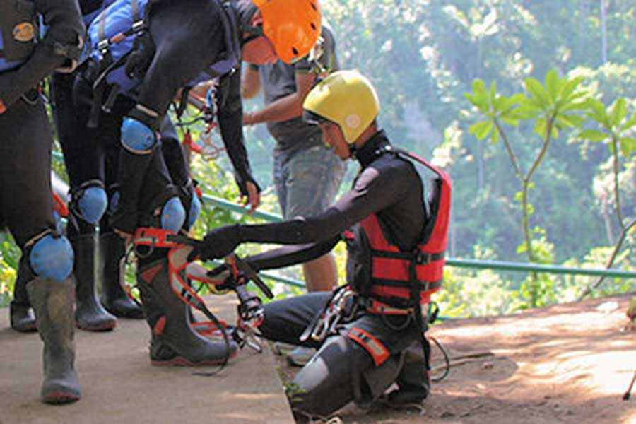 professional instructor, penet river, canyoning