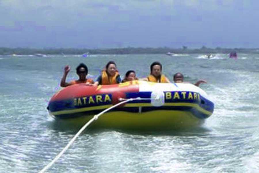 rolling donnut, water sports, batara tanjung benoa