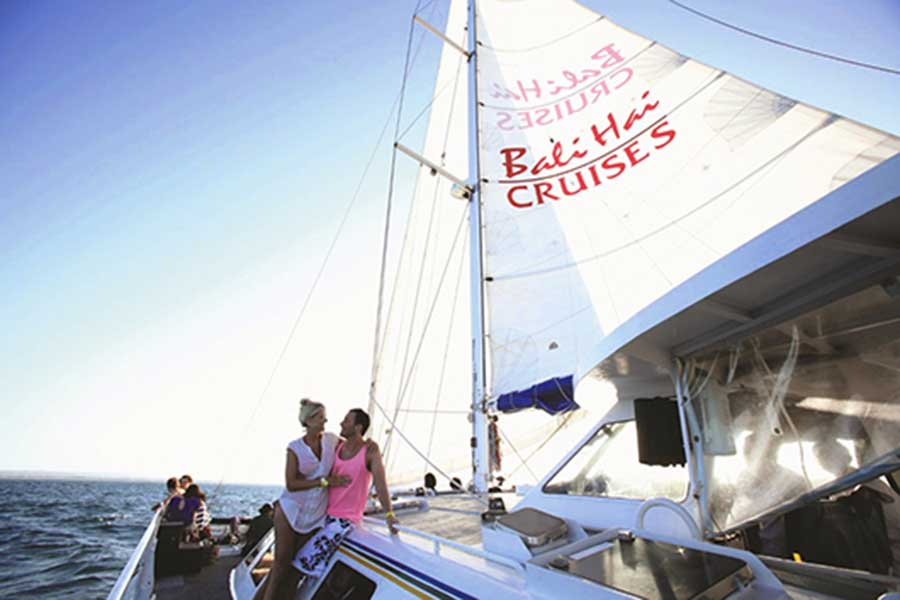 sailing cruise, bali hai nusa penida trip, crystal bay