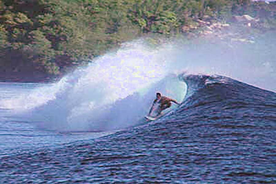 lembongan activity, surfing