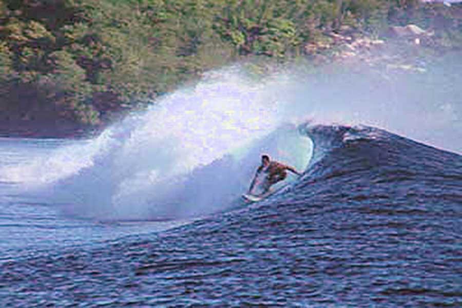lembongan activity, surfing