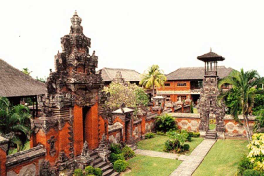 taman ayun temple, bedugul tour, honeymoon package bali
