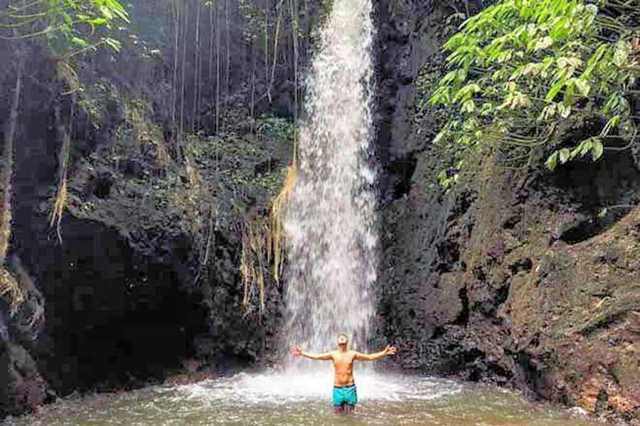 tangkup waterfall, hidden waterfall bali