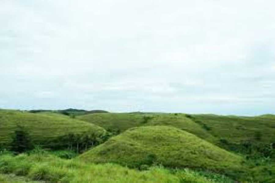 the hill of teletubies, nusa penida