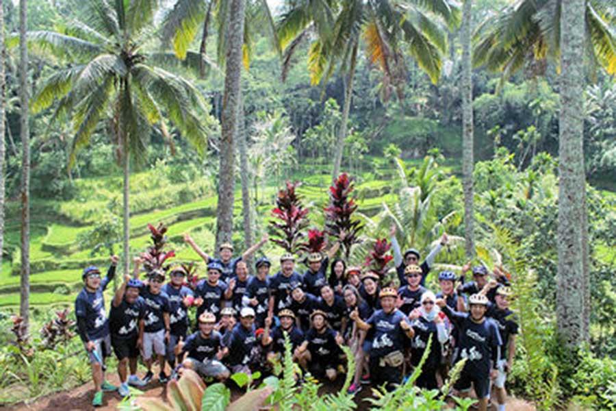 ubud village bikes tour, group tour, bali moon bike