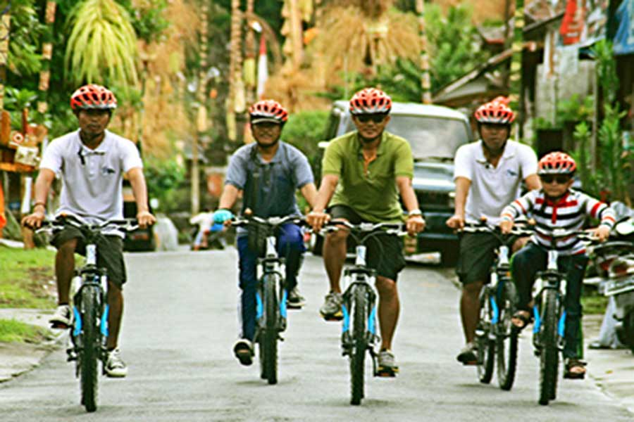 ubud cycling tour, ubud village