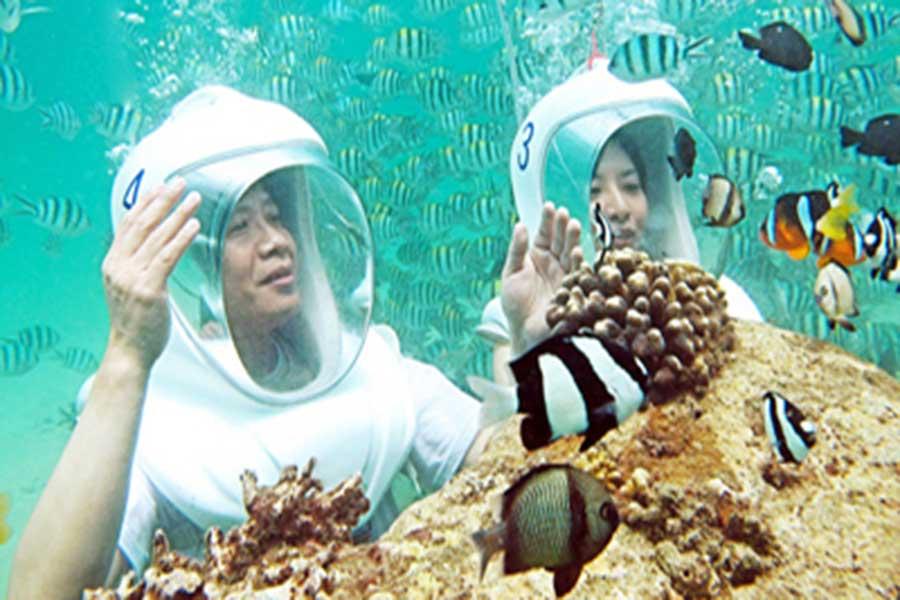 seawalker, underwater view, club aqua