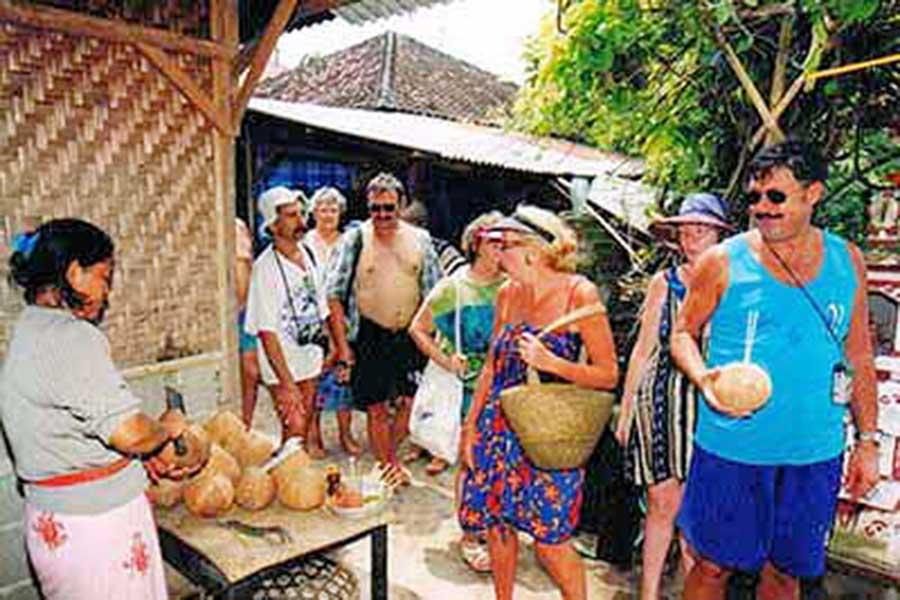 village tour in lembongan island